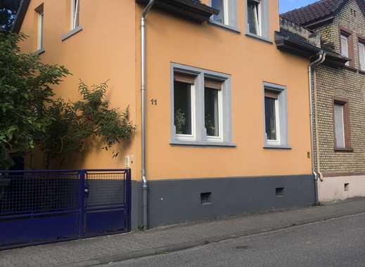 Hübsches Einfamilienhaus in guter Mainz Laubenheimer Lage mit zusätzlichen Bauplatz