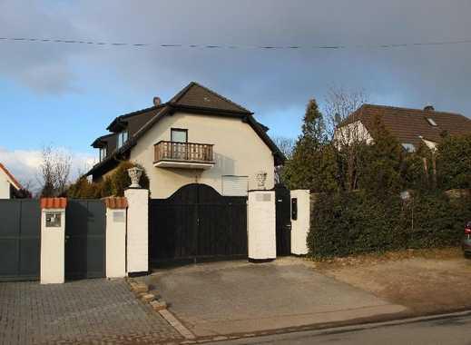 Tief im Süden - Villenlage am Heidberg - Junges 5-Familienhaus