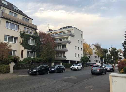 Großzügige Terrassenwohnung Köln-Lindenthal im 4-Parteien-Haus
