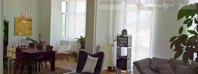 Interessant geschnittene 4 ZKB Altbauwohnung mit Balkon!