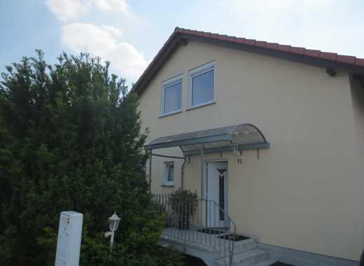 Schöne Kapitalanlage, Mehrgenerationen-Wohnen - 2 Familienhaus in Westhofen