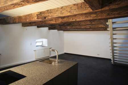 Erstbezug nach Sanierung: exklusive 1-Zimmer-Maisonette-Wohnung mit EBK in der Altstadt in Regensburg-Innenstadt