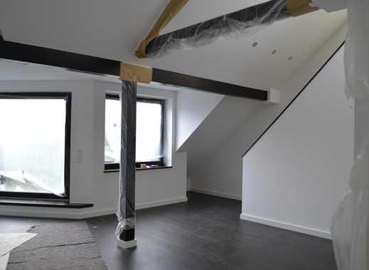 Exklusive, geräumige und sanierte 3-Zimmer-Maisonette-Wohnung mit Balkon in Düsseldorf