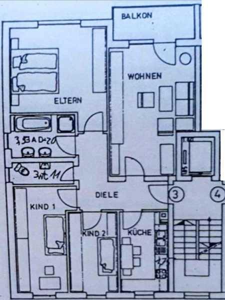 Frisch renovierte 4-Zimmer Wohnung mit Balkon in Ergolding in Ergolding