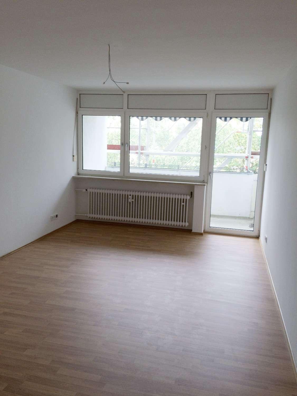 Helle 2,5-Zimmer-Whg. mit sonniger Loggia