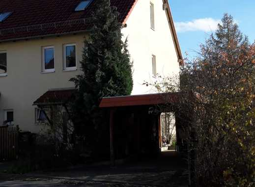 Schönes Einfamilienhaus voll unterkellert mit Garten und Carport !!!