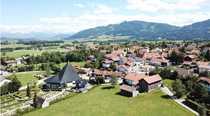 Bauernhaus mit großem Grundstück