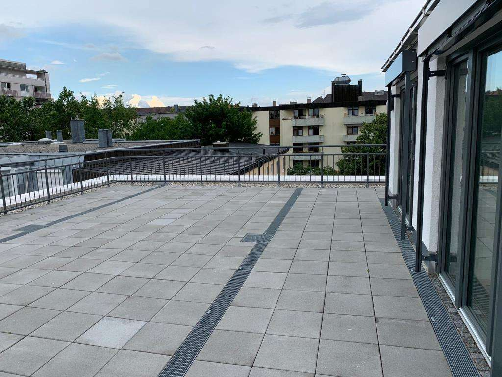 Hegerich Immobilien: Penthouswohung mit großer Dachterrasse in Sendling