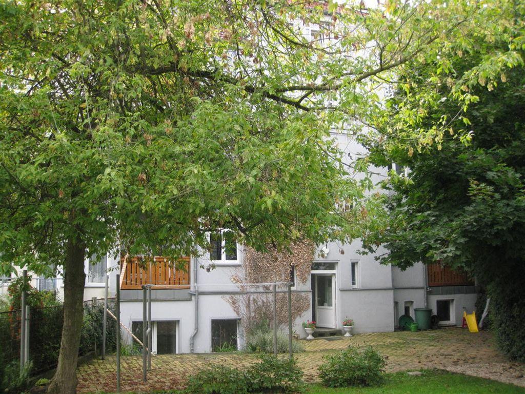 Seite Innenhof