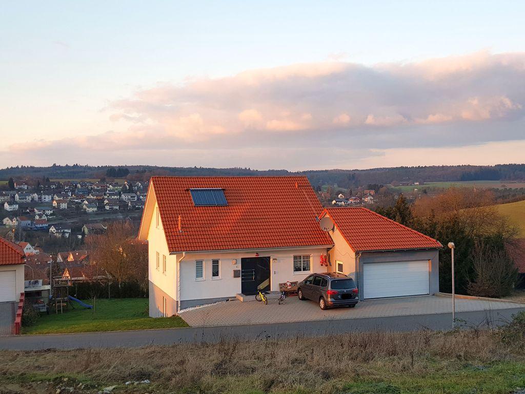 Achtung! Einfamilienhaus in Aussichtslage - schöner Garten - 6 ...