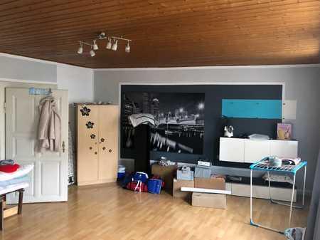 Sehr große 3-Zimmer-Wohnung in zentraler Lage in Hof-Innenstadt