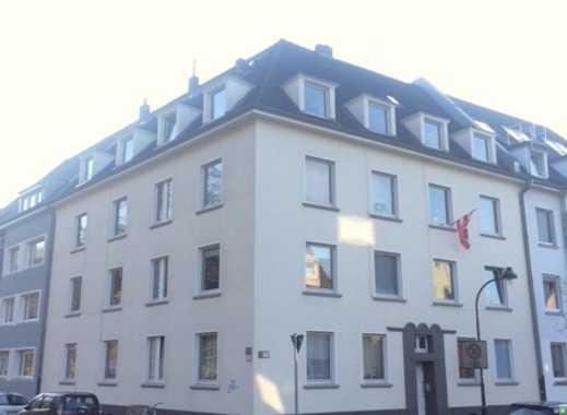 Erstbezug nach Sanierung: Großzügiges Appartement mit Wohnküche in Gerresheim!