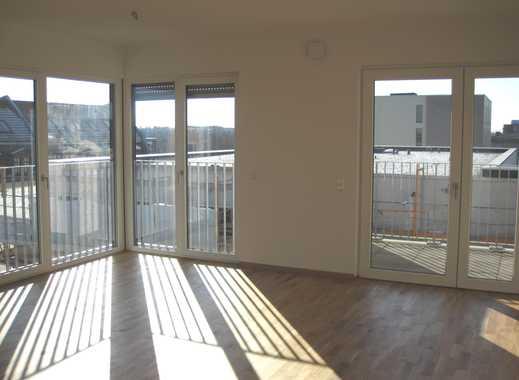 Freuen Sie sich auf eine exklusive Neubauwohnung mit viel Platz und sonniger Loggia