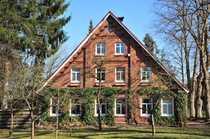 großes idyllisch gelegenes Bauernhaus an