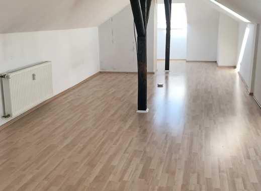 schöne helle Wohnung mit Platz für die ganze Familie!
