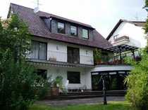 Modernisierte 4-Zimmer-EG-Wohnung mit Terrasse in