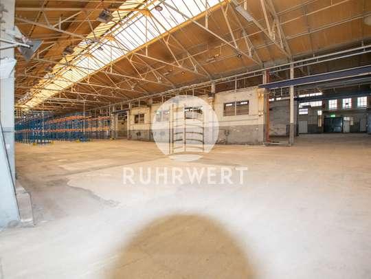 von Lirich | Gepflegte Hallenflächen mit Bürotrakt | Ebenerdige Andienung