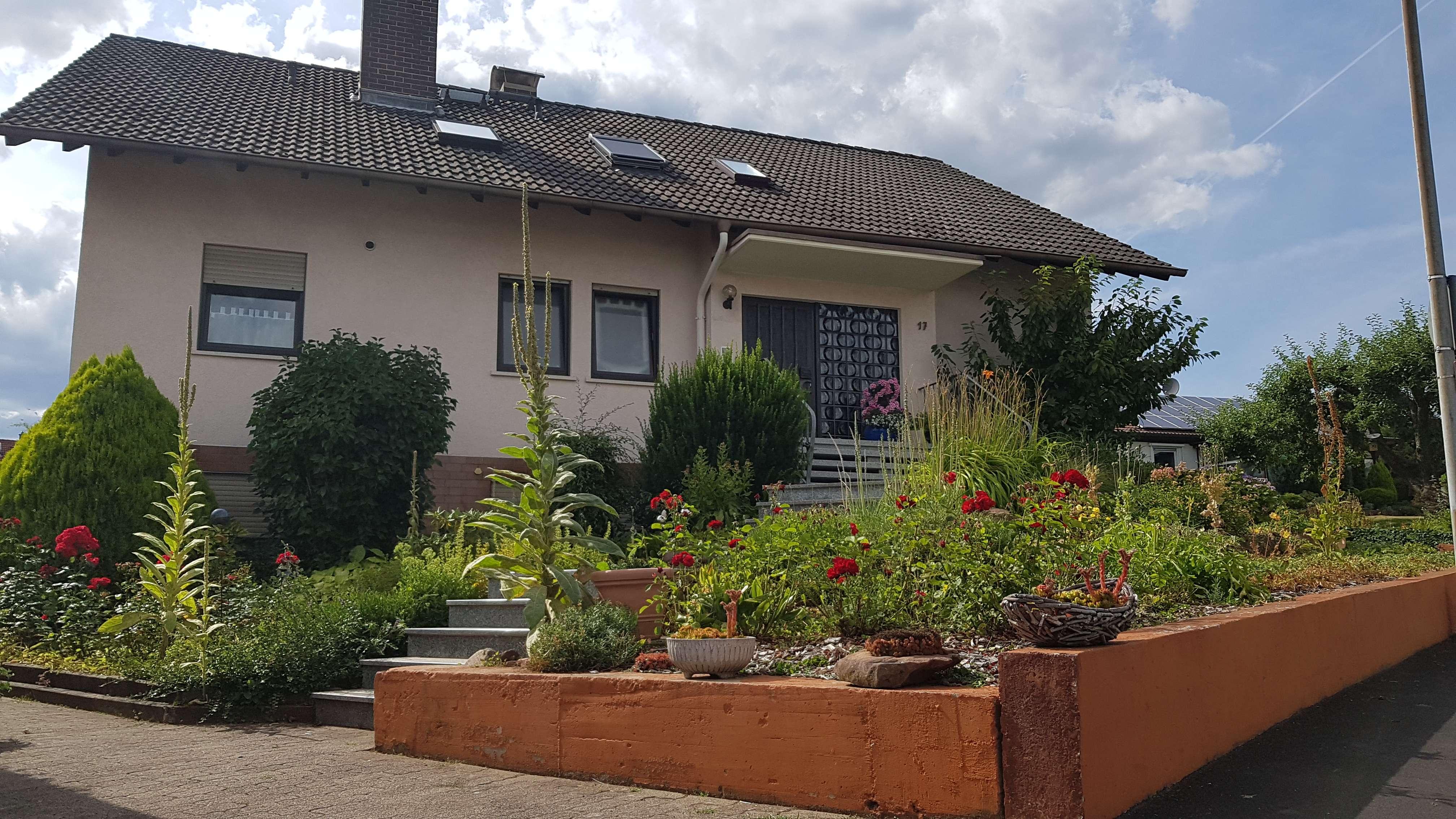 Schöne, geräumige Zweizimmerwohnung in Alzenau, Aschaffenburg (Kreis)