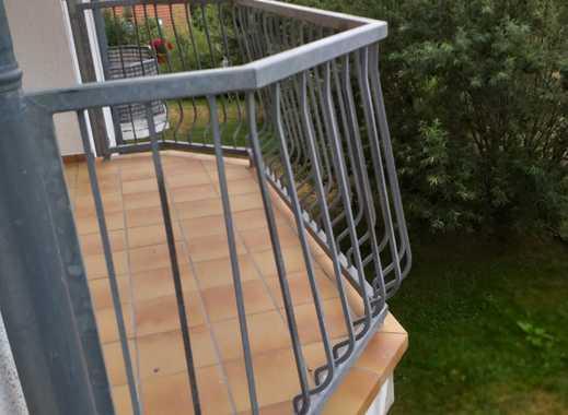 absolut hochwertig Wohnen mit Balkon