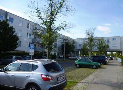 Hirschfelder Weg 3-5, Stellplatz