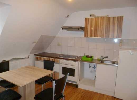 Gemütliche 2Z Dach-Wohnung in zentraler Lage