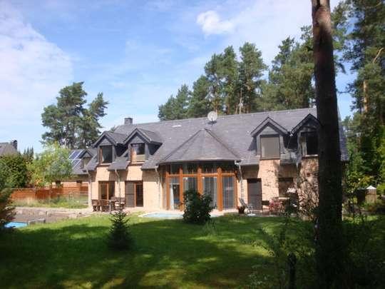 Luxus mit 2 Häusern auf wunderschönem Waldgrundstück in Gifhorn-Winkel!