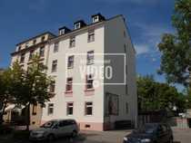 Sanierte 2-Zimmer-Altbau Dachgeschosswohnung im trendigen
