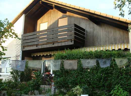 Möblierte 2-Zimmer-Dachgeschosswohnung mit Balkon und EBK in Stutensee Friedrichstal