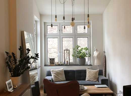 Kernsanierte exkl. 2-Zi. Maisonette-Altbau-Wohnung mit EBK, Wendeltreppe & Terrasse Friedrichstadt
