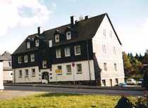 RENOVIERTE - Drei-Zimmer-Wohnung mit KDB großem