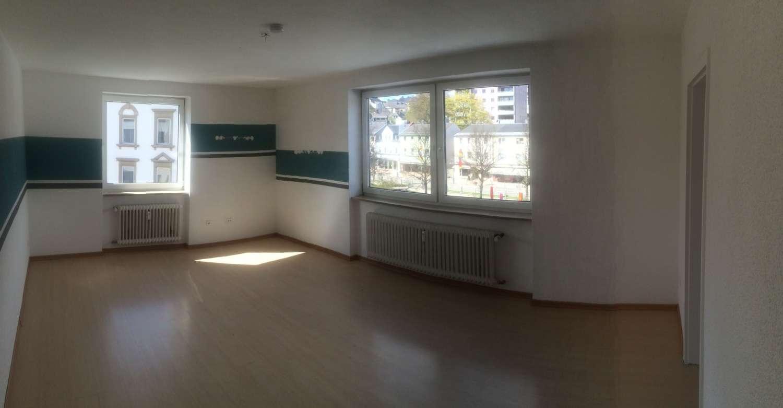 3 Zimmer Wohnung im Herzen von Münchberg mit EBK