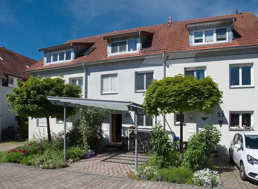Gepflegtes Reihenhaus in Altdorf – idealer Lebensraum für die junge Familie