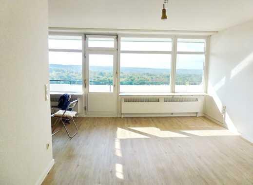 Bensberg - helle, renovierte 2-Zimmerwohnung mit Fernblick in gepflegtem Wohnhaus