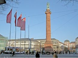 """Luisenplatz"""