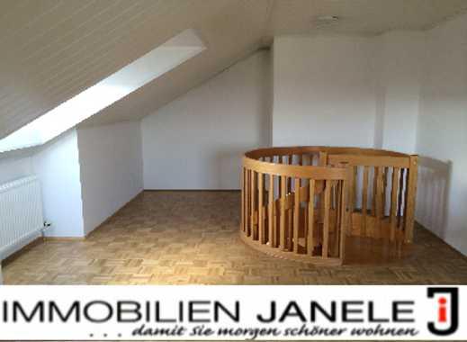 Charmante 4,5 - Zimmer- Galerie- Wohnung mit viel Platz in der Gemeinde Pentling