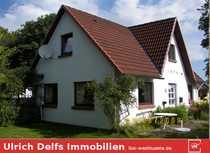 Kleines Haus mit großem Grundstück -