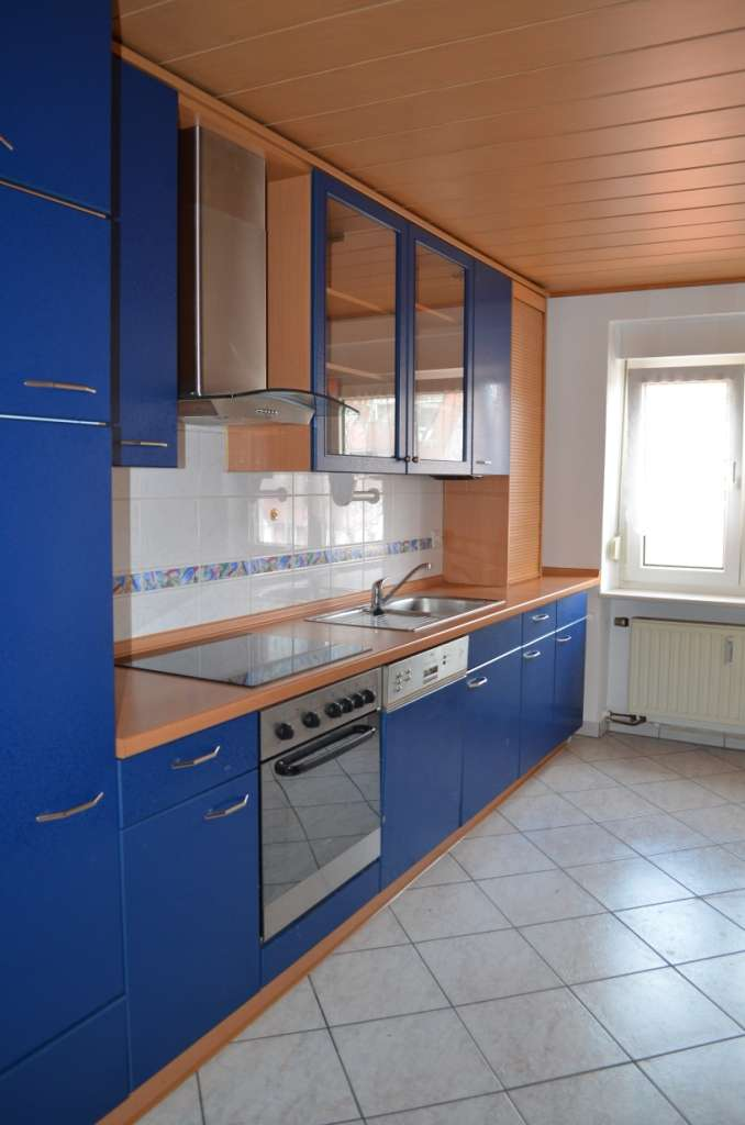 Topsanierte 2 Zimmer Wohnung auf 60 m² in Nürnberg mit Bad neu, EBK neu ohne Ablöse!