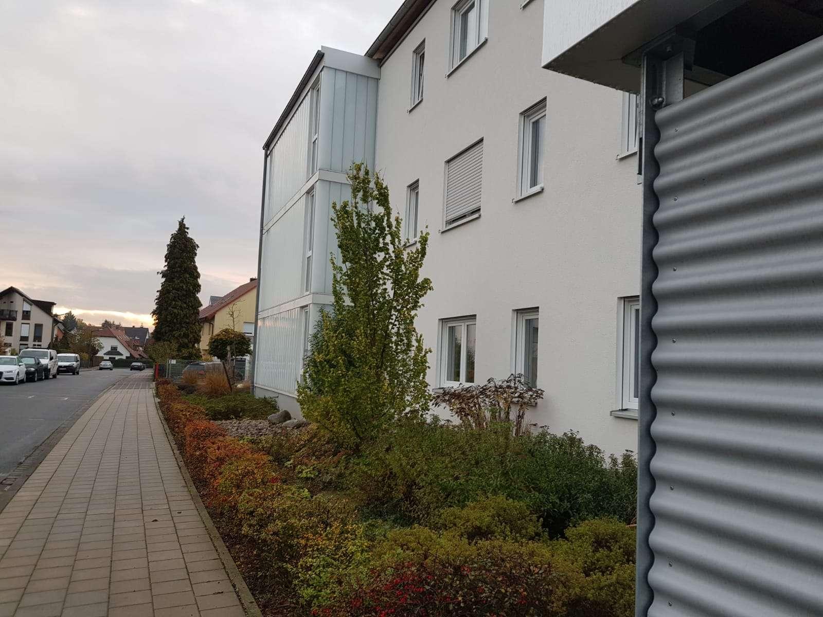 Neuwertige 3-Zimmer-Wohnung mit Dachterrasse in Fürth in Atzenhof / Burgfarrnbach (Fürth)