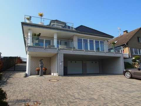 Villa Mit Luxus Ausstattung Weitblick Und Tiefgarage