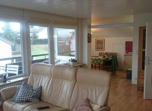 Stilvolle 1,5-Zimmer-DG-Wohnung mit Balkon und Einbauküche in Lindau - Nachmieter gesucht