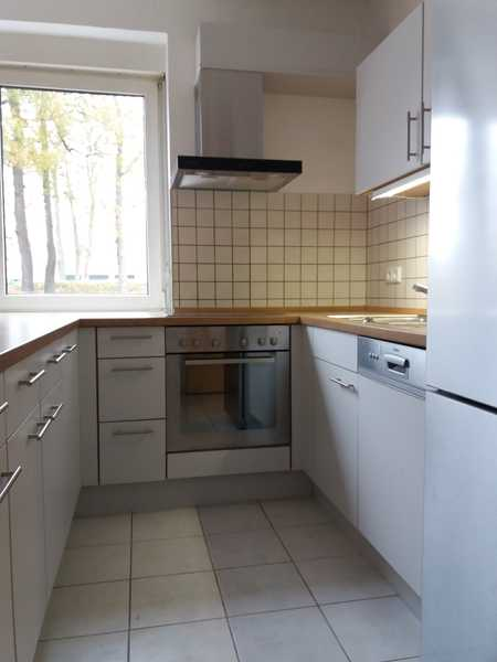 4-Zimmer-EG-Wohnung mit BalkonTerrasse, Einbauküche in Selb in Selb (Wunsiedel im Fichtelgebirge)
