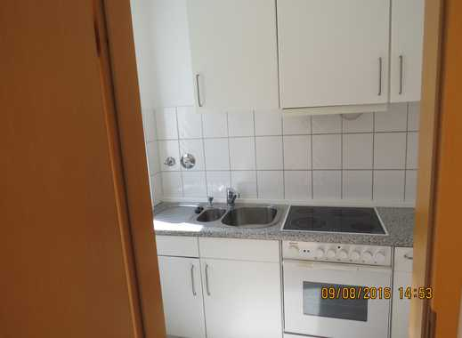 Schöne zwei Zimmer Wohnung Küche,Diele,Bad(Dusche) und Einbauküche in Düsseldorf, Gerresheim