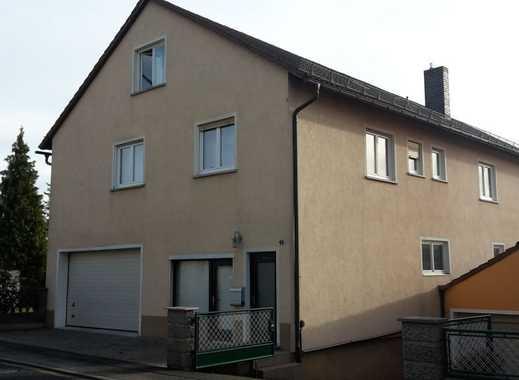 Schöne, große fünf Zimmer Wohnung in Neustadt a.d. Aisch-Bad Windsheim (Kreis), Emskirchen