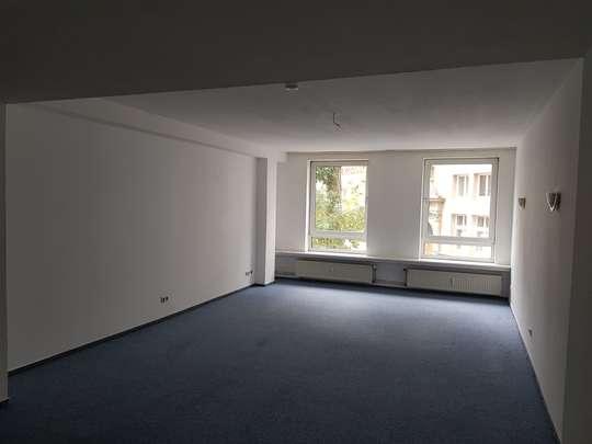 Zentrale 4-Zimmer Wohnung in Braunschweig, Am Bruchtor 2a