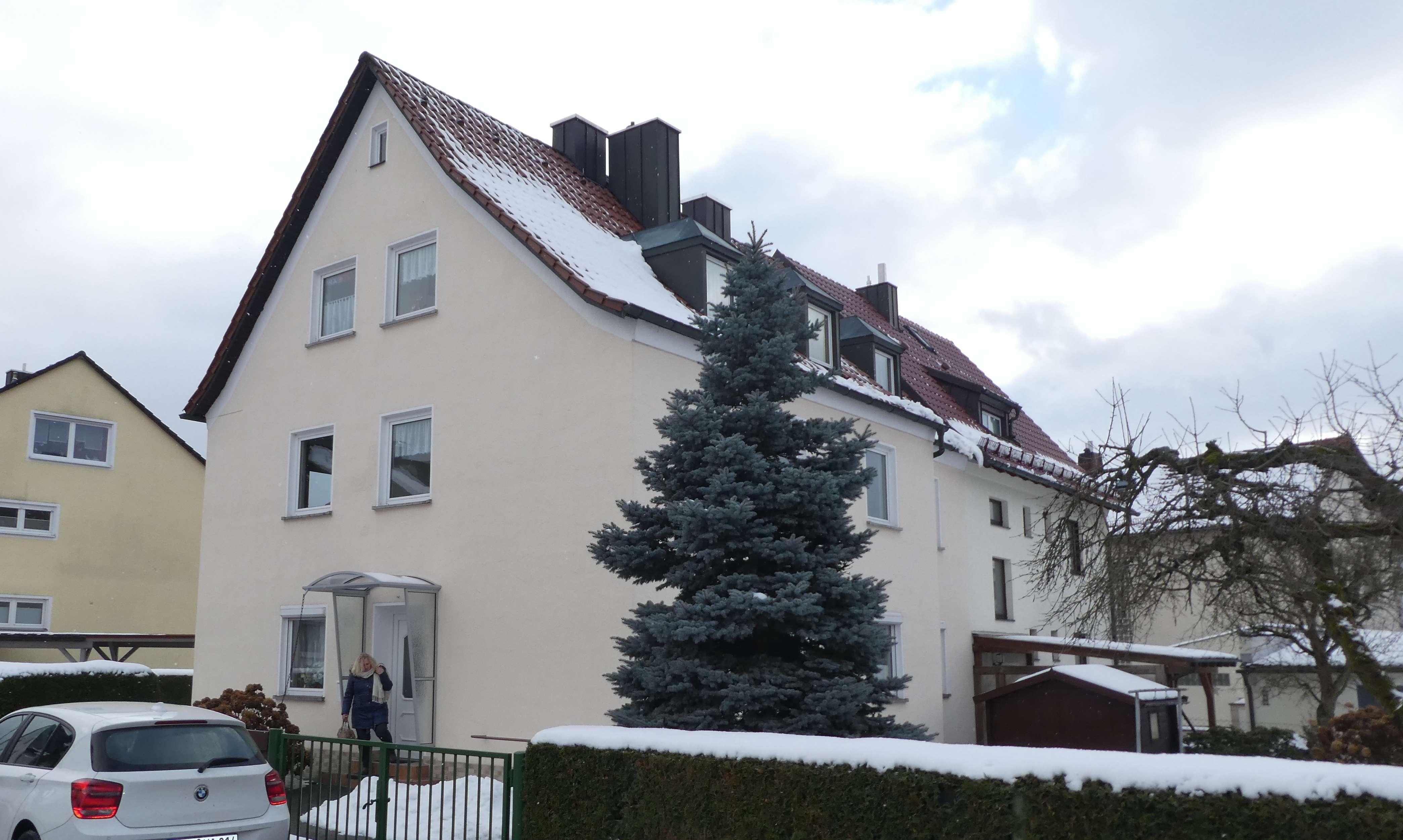 Erstbezug nach Sanierung: schöne 4-Zimmer-DG-Wohnung in Weiden, Hammerweg
