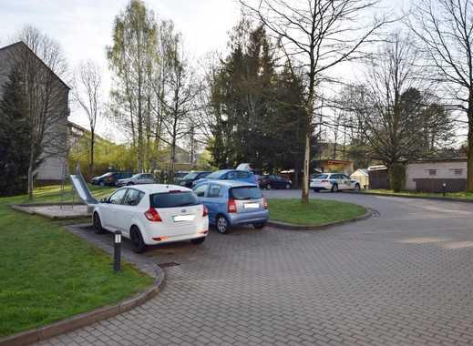 Bequemer Parkplatz vor der Haustür