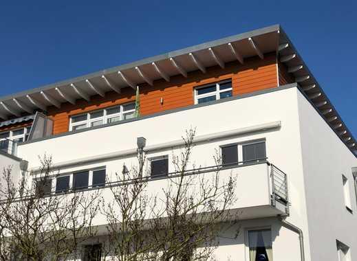 ruhige, lichtdurchflutete 4-Zimmer-Wohnung mit Tiefgaragenstellplatz