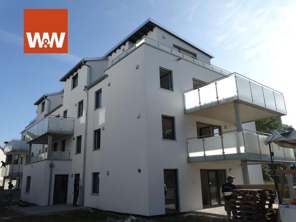IN Monikaviertel * außergewöhnliche 2-Zimmer-Whg. mit Balkon und TG