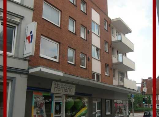 Hier wird für Sie renoviert! Süße 2 Zimmer Wohnung mit Balkon zu vermieten.