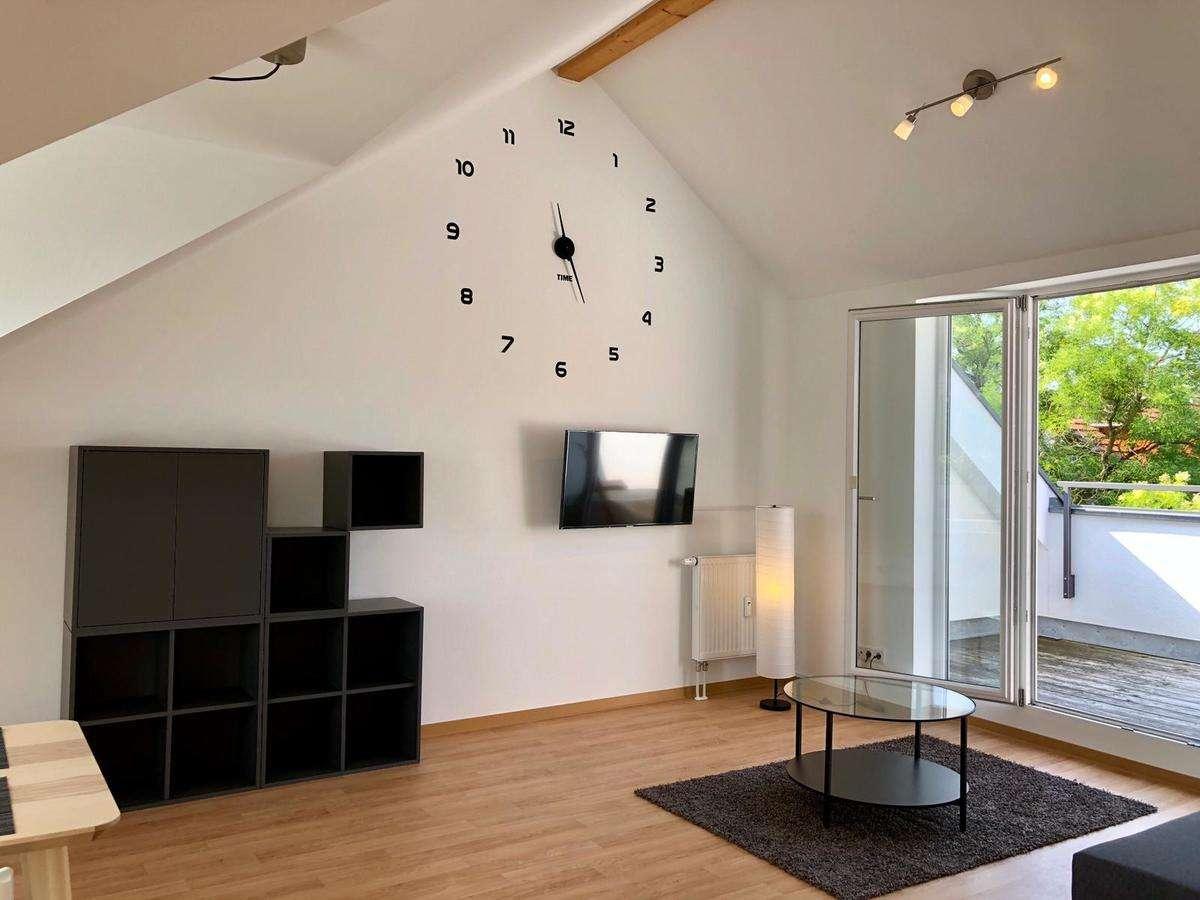 Erstbezug: Traumhafte 2 Zimmer Dachterrassenwohnung mit modernen Möbeln in Nordwest